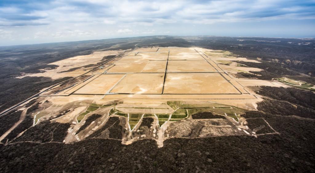 La empresa brasileña Odebrecht se encargó de la preparación del terreno para la Refinería del Pacífico en Manabí, obra para la que no se ha conseguido financiamiento.