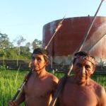 Waoranis participan en 'toxi tour' para conocer el impacto petrolero